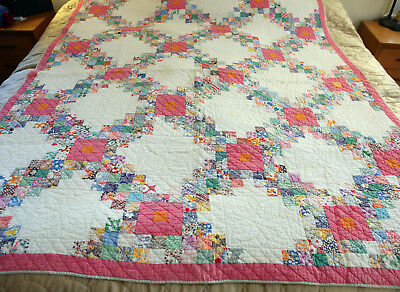 Lovely Antique Hand Pieced and Hand Sewn Patchwork Quilt Vintage cottons Full sz