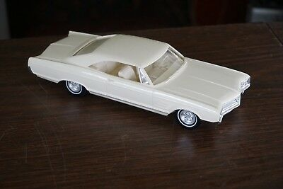 Old 1965 Buick Wildcat Promo In Cream White Exterior. And Interior Immaculate