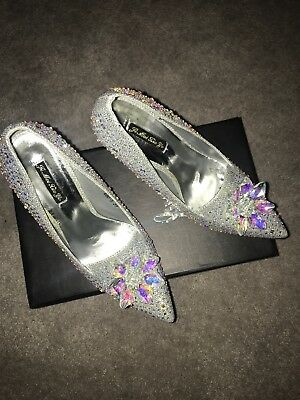 size 6 high heel silver point toe court shoes embellished bling heels! NEW