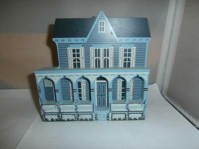 Sheila's Collectibles The Victorian Rose Cape May, New Jersey Shelf Sitter