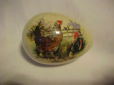 "3 1/2"" Porcelain Egg Happy Easter 1986 Rooster & Chickens ****"