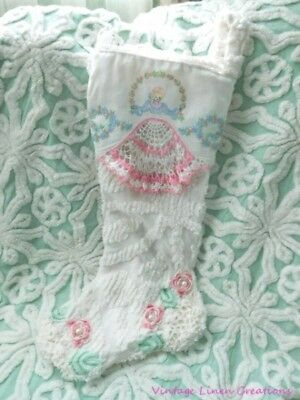 VINTAGE Chenille SOUTHERN BELLE Embroidery PINK CROCHET LACE Christmas STOCKING