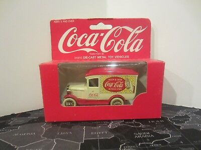 Hartoy Lledo Coca Cola Coke Days Gone Keep A Case Delivery Truck White Red NIB!