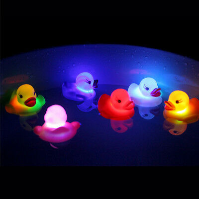 1PC Cute LED Flashing Light Rubber Floating Duck Bath Tub Shower Toy For Kids