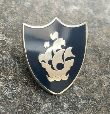 Blue Peter Blue / Silver Enamel Pin Badge | Novelty Childrens Bbc School Kids Tv