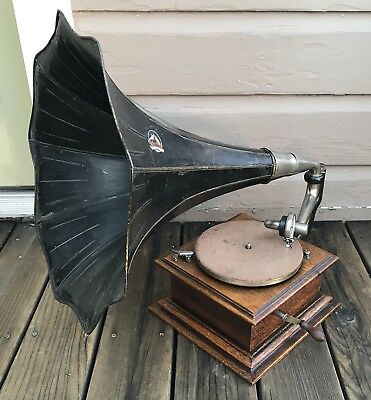 Antique Oak Victor Talking Machine Vic 1 Phonograph & Horn NICE Working