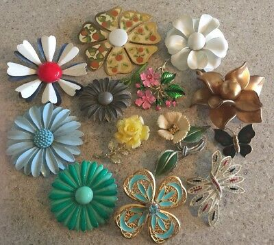 Vintage Lot 13 Brooch Pins Enamel & Gold Tone Flowers Rhinestones 1 Butterfly