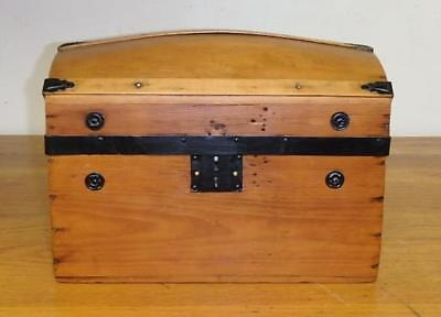 "Antique 1800's CHILD's HUMPBACK Wood TRUNK ~ 9"" x 11"" x 14"""