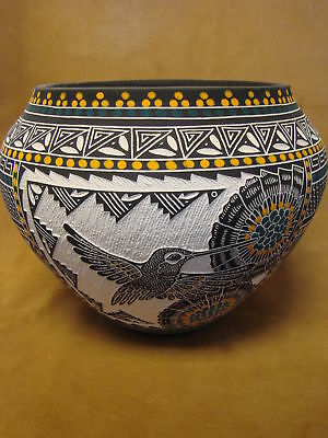 Large Acoma Pueblo Hand Etched Hummingbird Pot by R Garcia