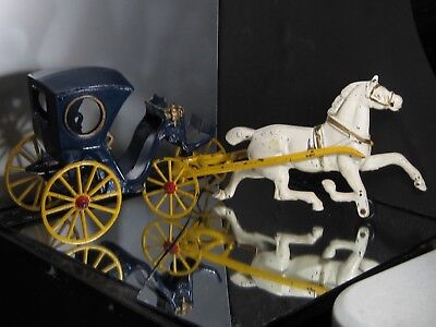 Antique Cast Iron Horse And Buggy Very Vintage Great Condition