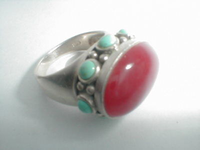 VINTAGE SOUTHWEST STERLING SILVER TURQUOISE CABACHON FRAME RED GEM RING gorgeous