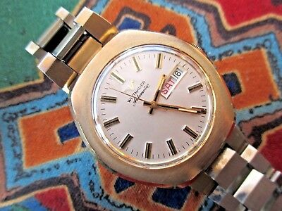 Beaut.longines-Wittnauer Gents Vint.auto Watch.great Case/fab Day-Date Dial.1977