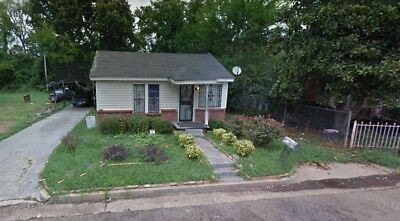3 bedroom 2 bath home available at NO RESERVE!!!
