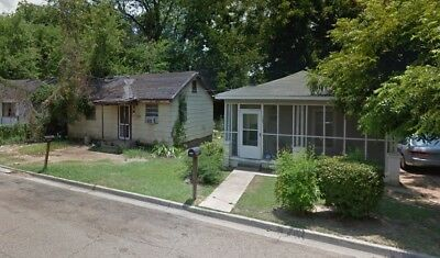 2 Houses for sale on same street for one price NO RESERVE!!!