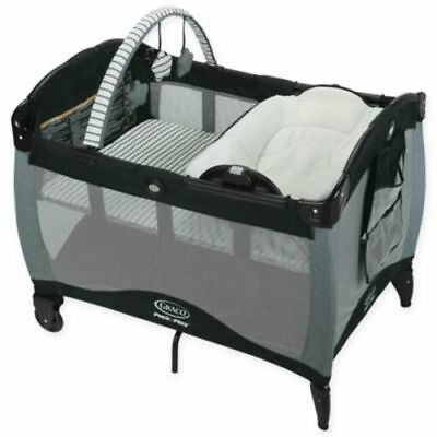 Graco  Pack 'n Play  Reversible Napper and Changer Playard - Holt
