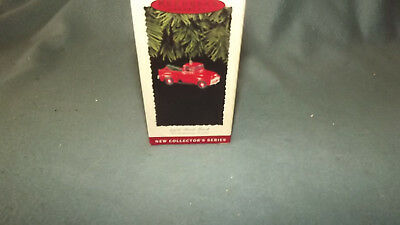 Hallmark Keepsake Ornament 1956 Ford Truck 1995 All American Truck Series New