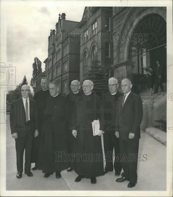1963 Press Photo Donald R Ryan, et al, honored by Gonzaga Univ for their Service
