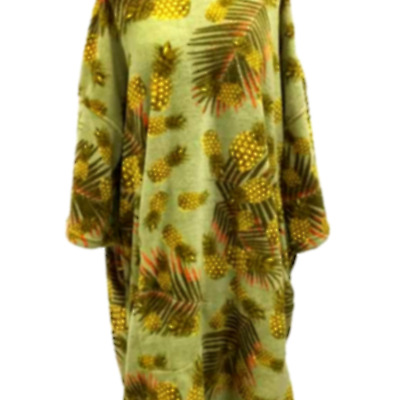 TLS Pineapple  Poncho Changing Robe