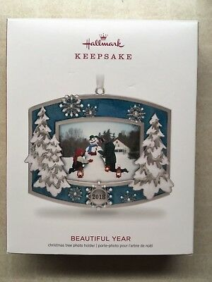 2018 Hallmark Keepsake Xmas Ornament A Beautiful Year Dated Picture photo Frame