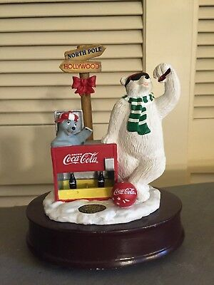 Coca Cola 1998 Polar Bear North Pole / Hollywood Heritage Collection Music Box