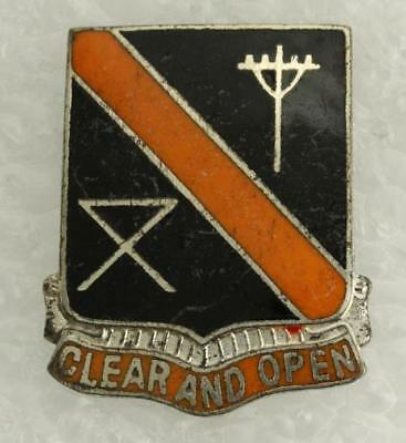 Vintage US Military DUI Pin 29th Signal Battalion CLEAR AND OPEN