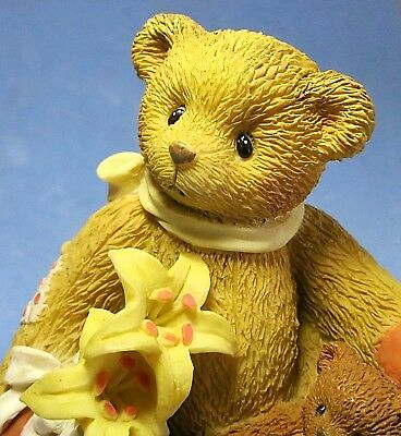 So Cute! Cherished Teddy 1997 Bear Figurine w Yellow Lily Flowers Petals of Hope