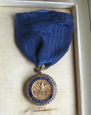 10K Gold Sterling Silver DAR Daughters of the American Revolution Medal Pin