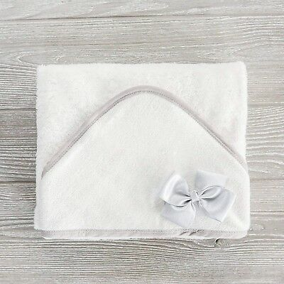 Organic Bamboo Hooded Baby Towel, Perfect Baby Shower Gift for Babies