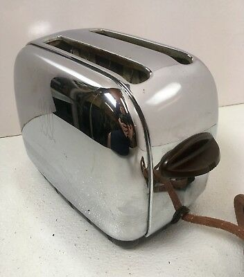 Vintage Toaster Toastmaster 1B9 Chrome Art Deco Streamline Made in USA Bakelite