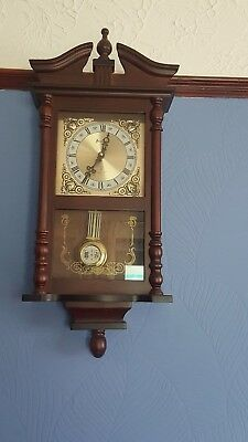 Bentima Chiming Clock In Mahogany Wood
