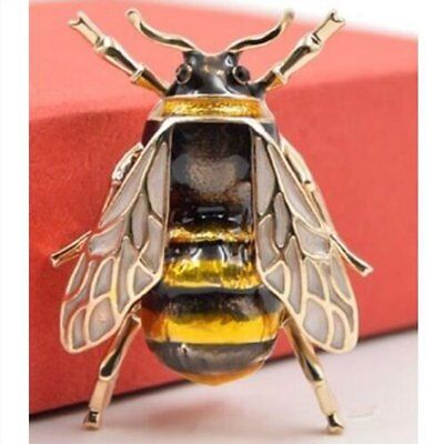 Very Realistic Bumble Bee Brooch Insect Black Gold Lapel Pin Broach Charm Gift