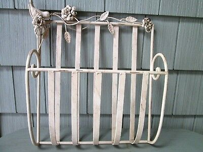 shabby beige Vintage Wrought Iron bird Wall Hanging Flower Planter Basket Holder