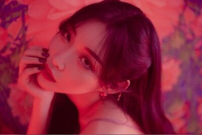 CHUNG HA -2nd Single 10,000 Numbering Limited Edition CD+Poster+Gift+Tracking no