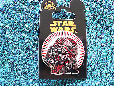 Disney * DARTH VADER * STAR WARS HELMET SERIES * New on Card Trading Pin