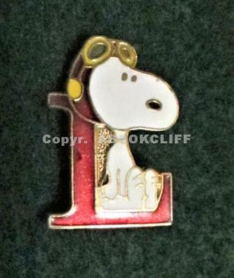 SNOOPY ON L (LEARNER?) AVIVA TAIWAN Pin Mint
