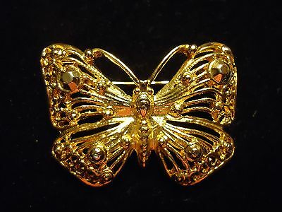 Vintage Poished Gold Tone Metal Butterfly Insect Brooch Pin