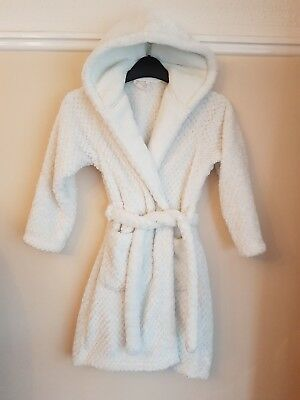 419146a624 M S Girl s Dressing Gown White Thick Warm Super Soft Hooded Age 7-8 Years