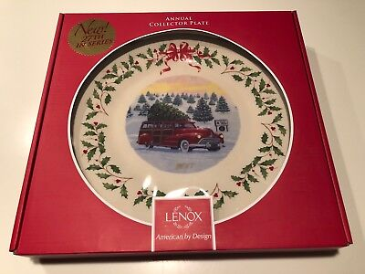 New - 2017 Lenox Annual Holiday Plate Red Station Wagon Truck Christmas Tree Mib