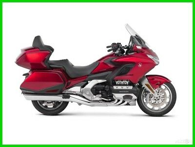 2018 Honda Gold Wing Tour Candy Ardent Red