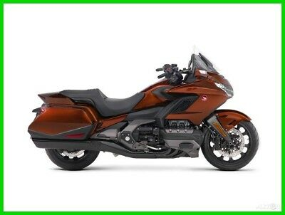 2018 Honda Gold Wing Pearl Stallion Brown
