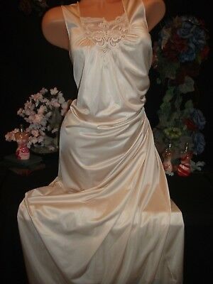 """Vtg Silky Frosted SHINY Nightgown silky gown nighty Frosted Shiny Lingerie m 40"""""""
