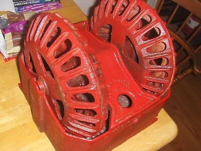 20Th Century American Industrial Cast Iron Dual Rotary Wheel Hog Or Pig Oiler