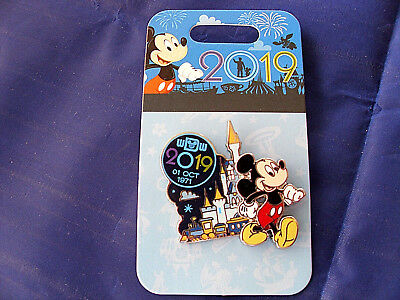 Disney * WDW DATED 2019 - MICKEY * New on Card Trading Pin