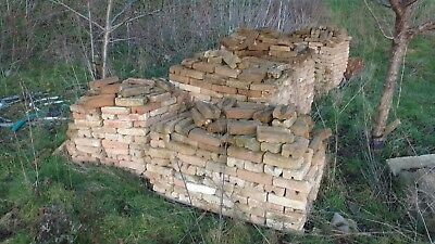 L@@K - New House Bricks !! Over 2000 Available !!