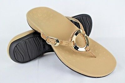 a3f4268fc303 New Vionic Orthaheel Women s Rest Karina Thong Sandals Size 11m Gold Cork