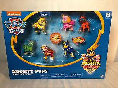 PAW Patrol Mighty Pups 6-Pack Gift Set with Light-up Badges and Paws exclusive
