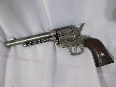 """Vintage Gun SIGN Retro Revolver "" Home Decor Shop Mens Room Large 3D Resin"