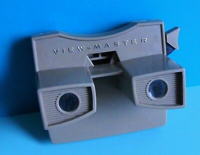 View Master Viewer ~ Model G ~ Beige ~ Gold Lettering ~ Viewmaster