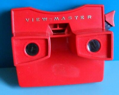 View Master Viewer ~ Model G ~ Red ~ Gold Lettering ~ Viewmaster