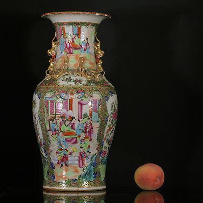 A BEAUTIFUL antique CHINESE PORCELAIN FAMILLE ROSE CANTONESE VASE FIGURES 19TH 1